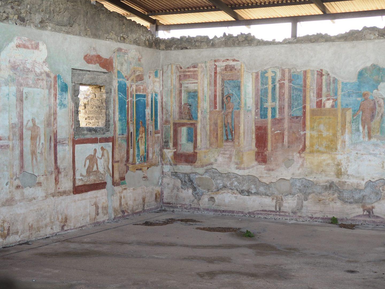 Pompeii building Sorrento travel
