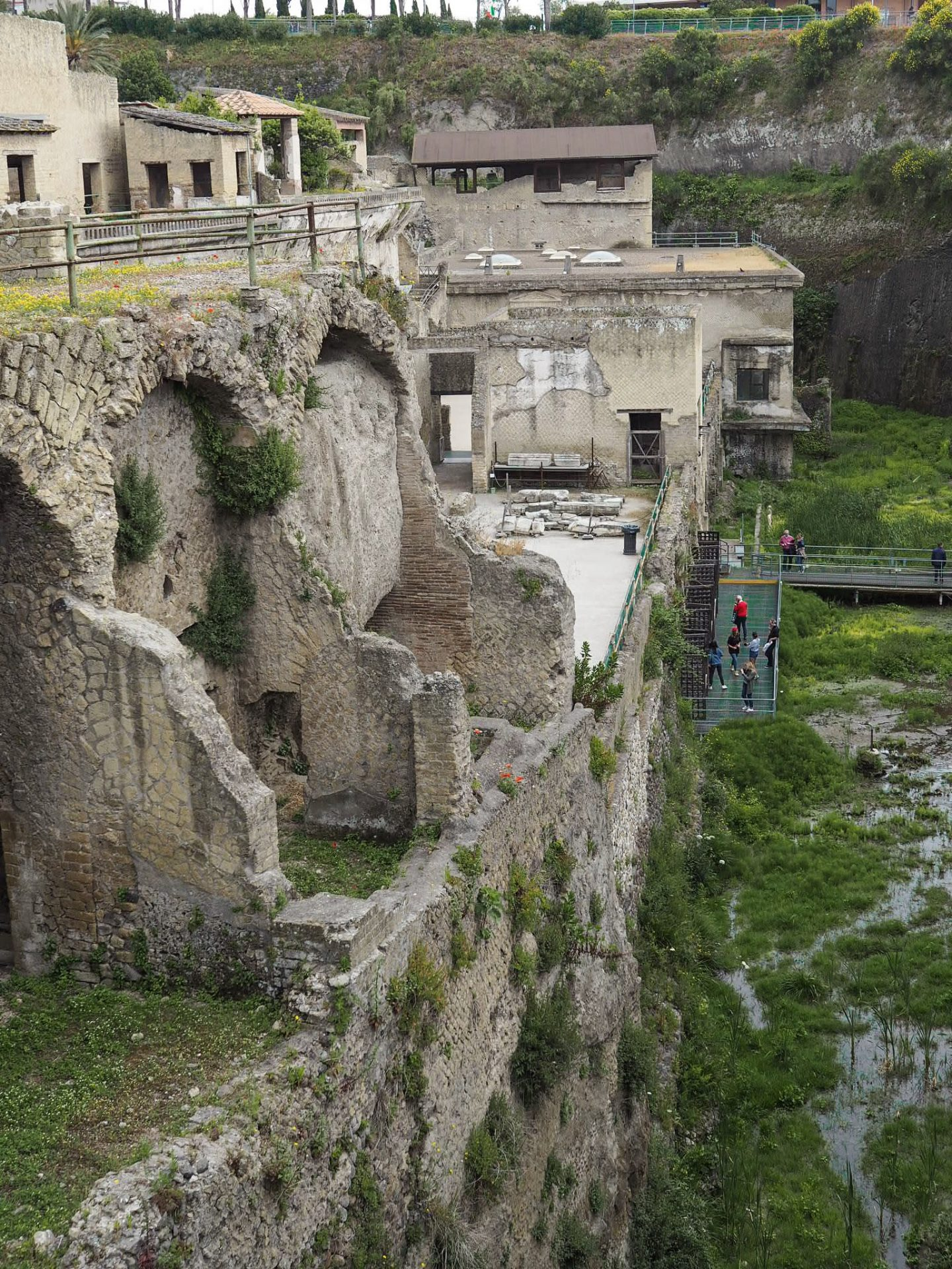 Sorrento travel - Ruins