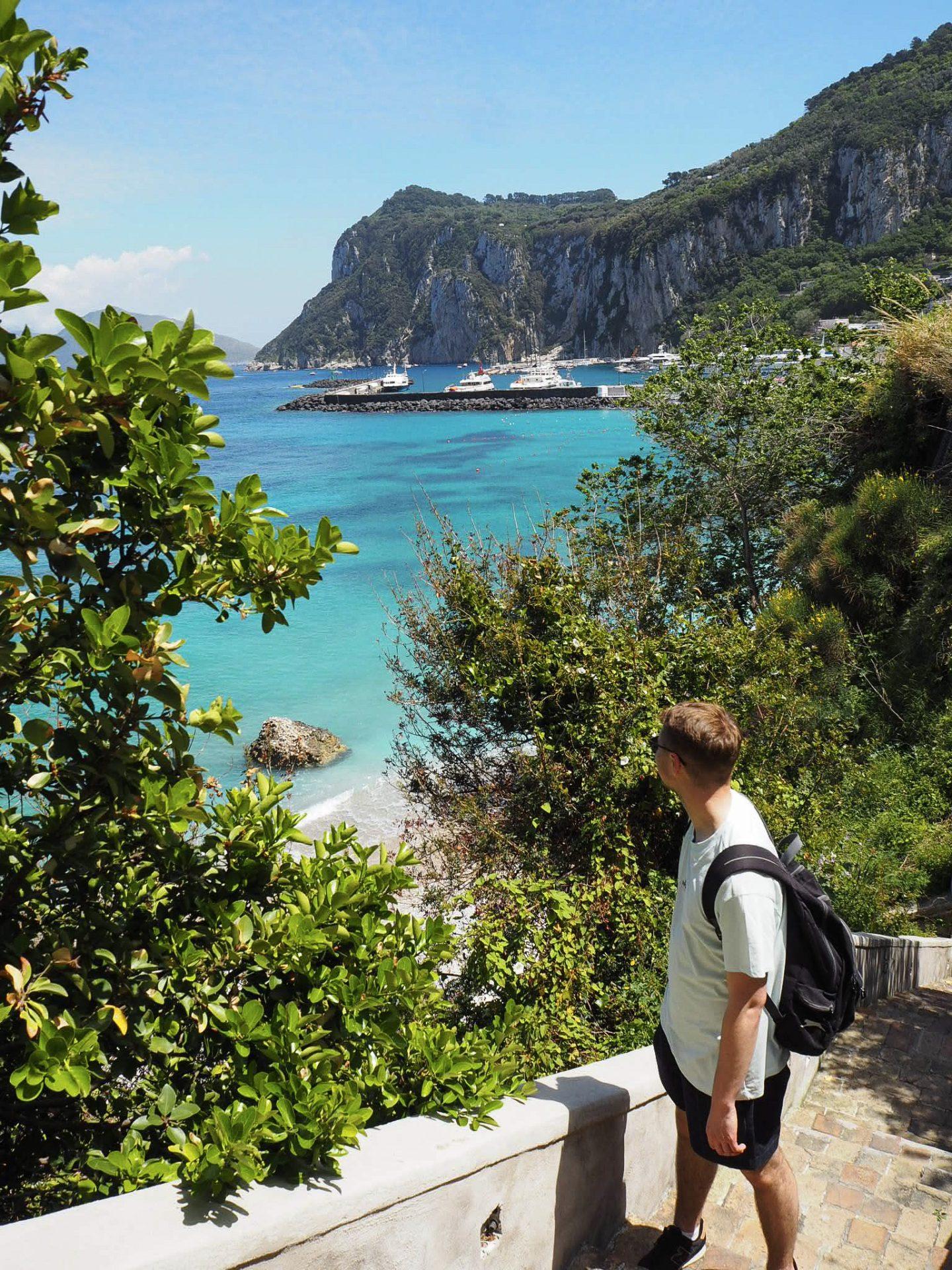 Sorrento travel: Capri island