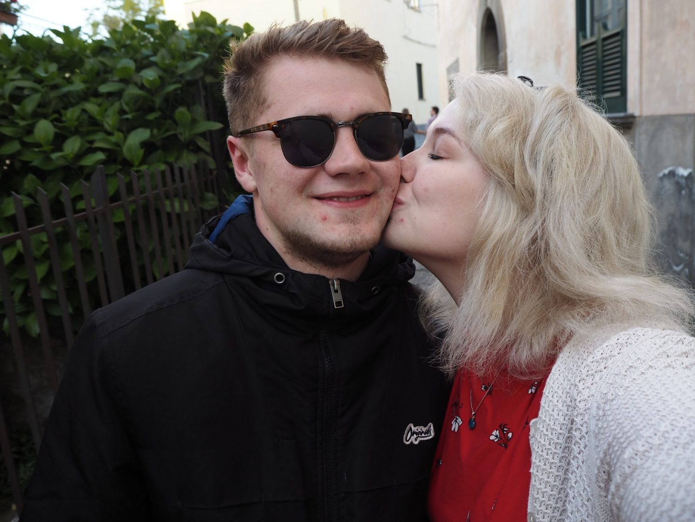 Sorrento travel: couple